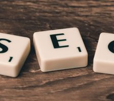 Few reasons that entice to use SEO services